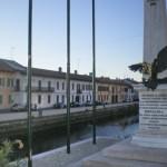 Monumento in piazza del comune ai caduti di guerra